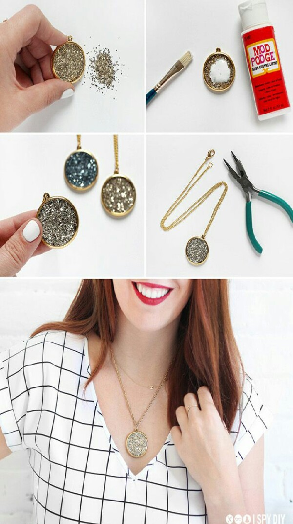 DIY Glitter Necklaces And Earrings!!!!