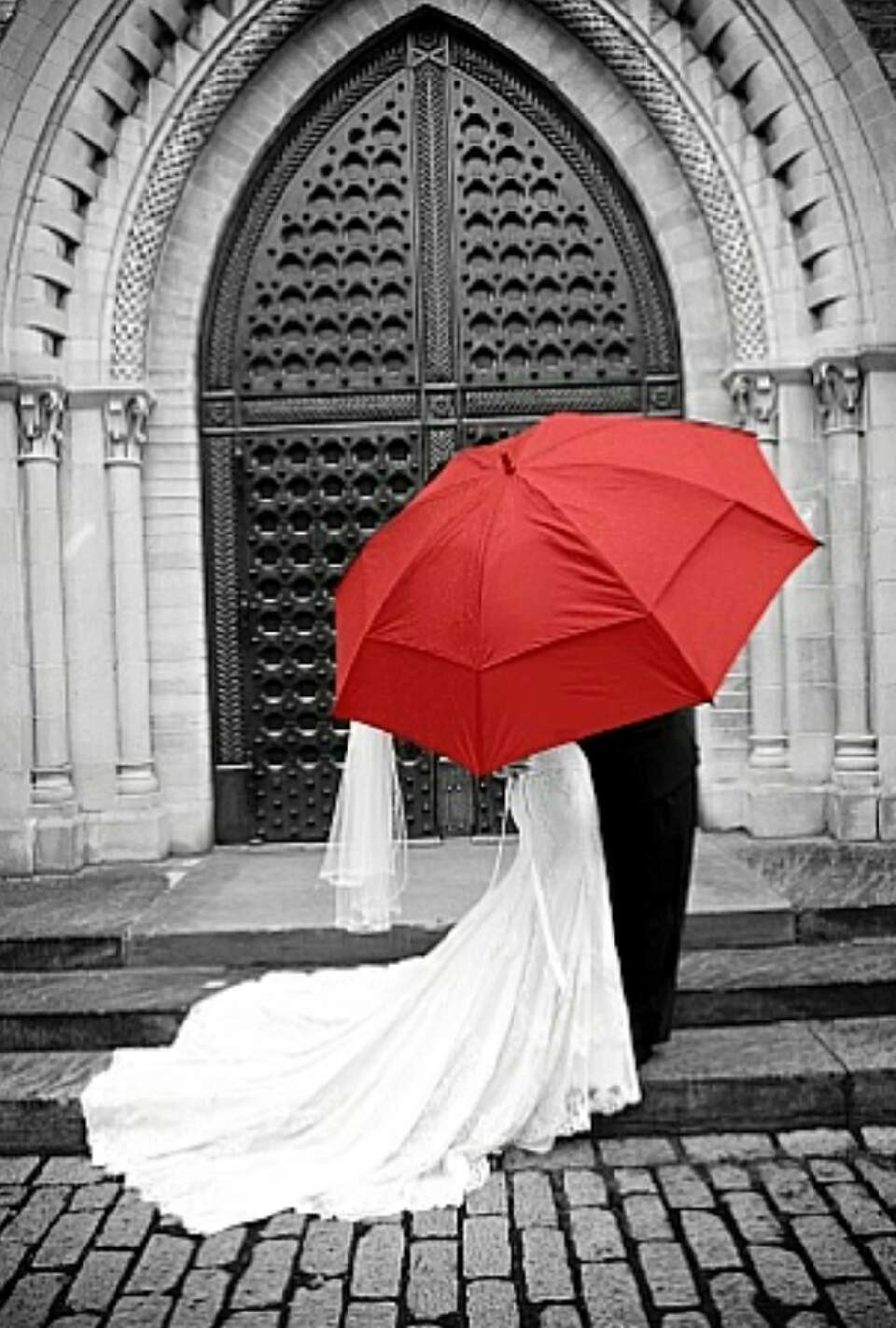 Black and White Wedding Photography With Color Accents ...
