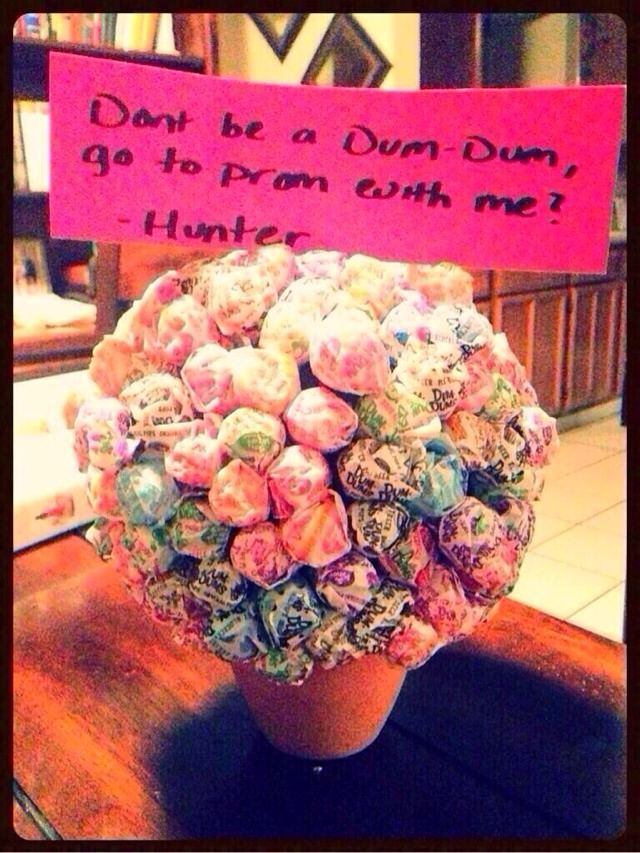Good ideas to ask someone to prom