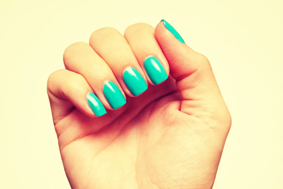 how to grow your nails with cold water