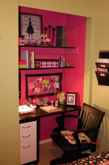 Turn your closet into office space trusper for Transform small closet space