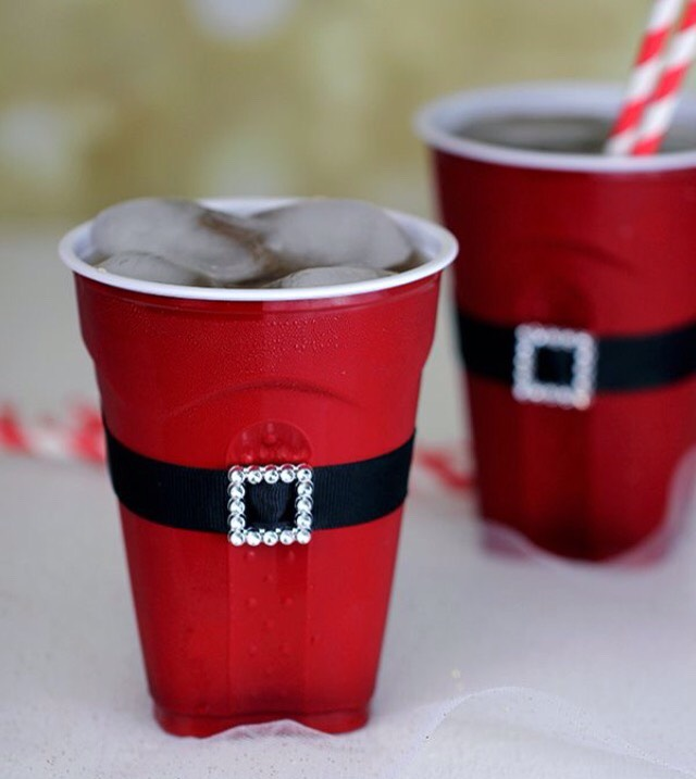 ✨Diy Turn A Solo Cup Into Santa✨🎅 #tipit
