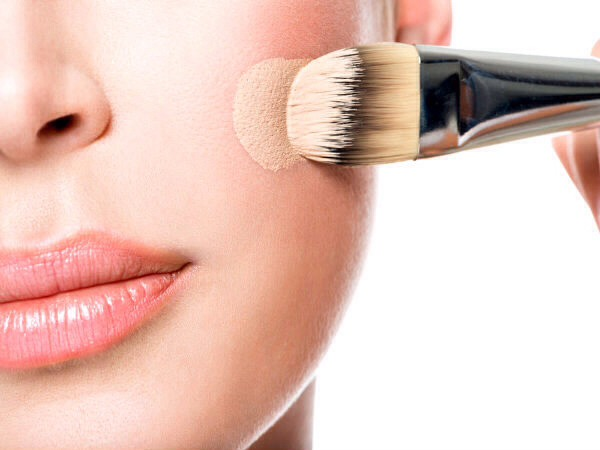 How To Apply Foundation And Concealer Properly