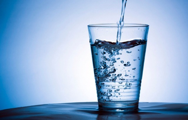 Drinking Water On An Empty Stomach💦