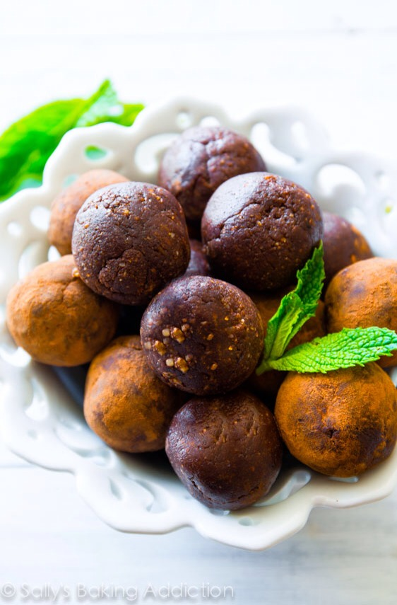 💥✨ Mint Chocolate Energy Balls!!! ✨💥