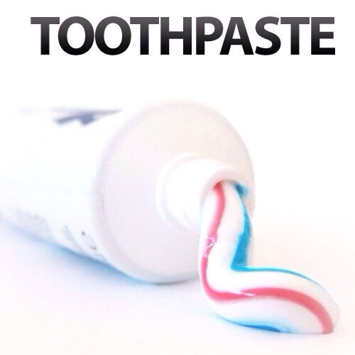 Use Toothpaste To Clear Headlights Trusper