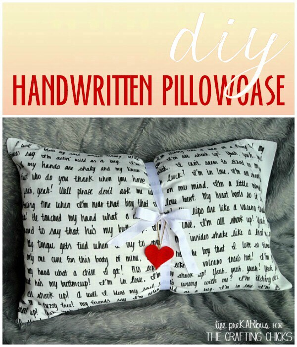DIY Hand Written Pillow Case. 😘
