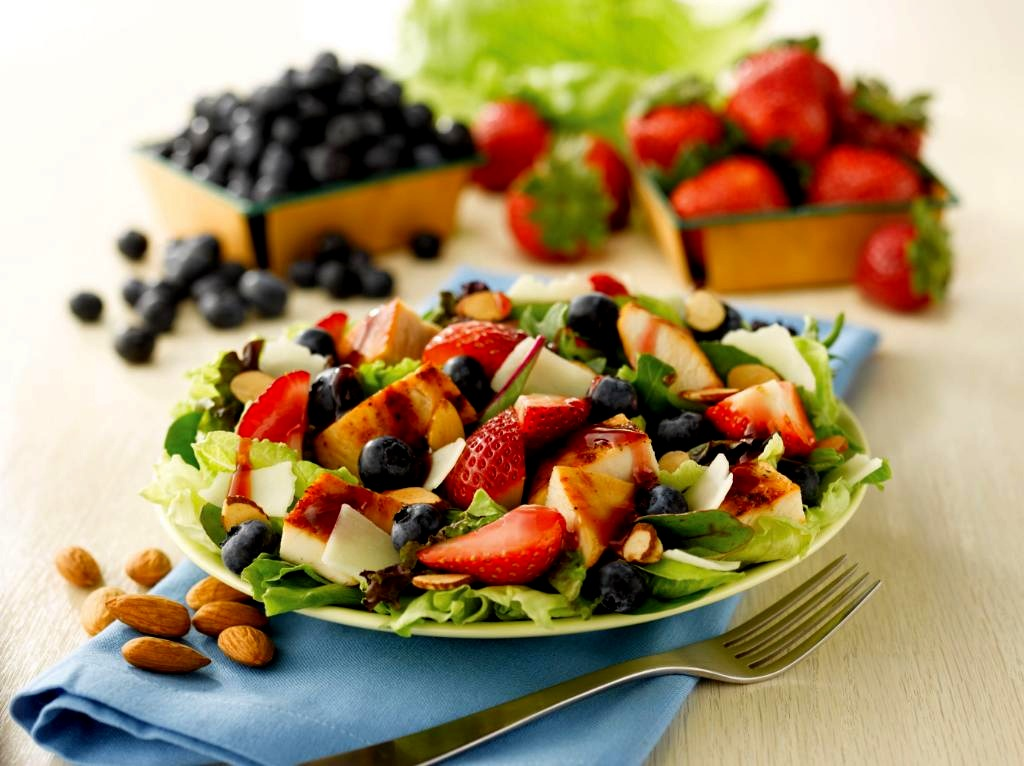 Berry Almond Chicken Salad - Just Like Wendy's - Perfect For Labor Day ...