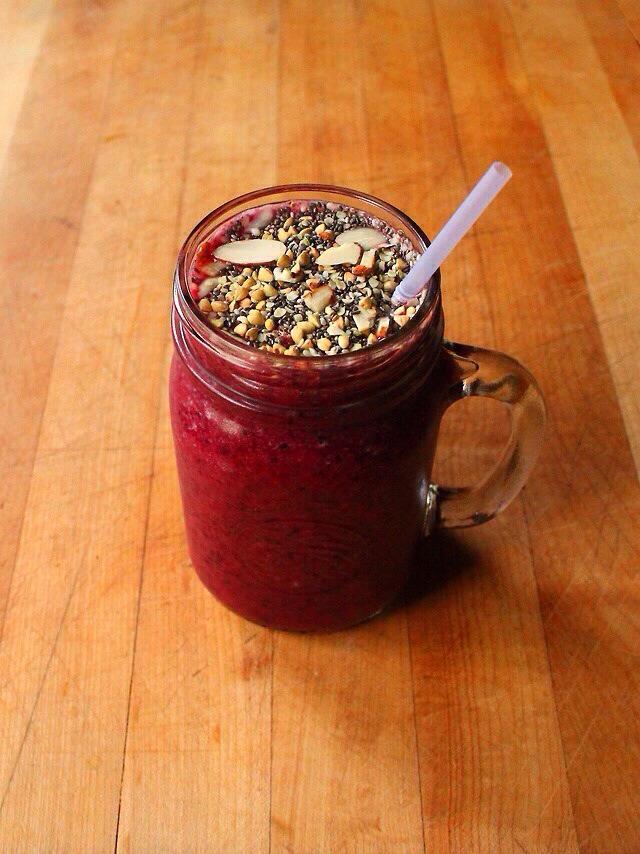 Quick Healthy Mixed Fruit Smoothie! | Trusper