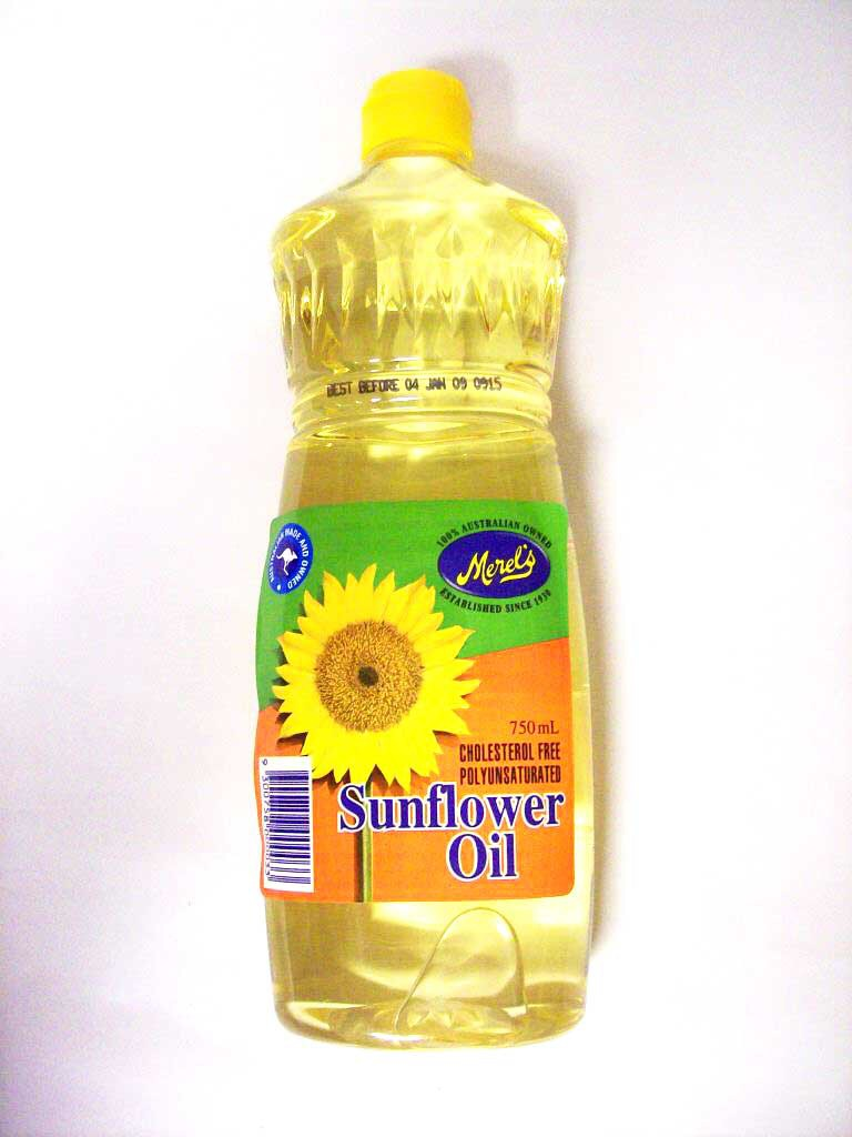 sunflower or olive oil to get gloss paint off hands skin trusper. Black Bedroom Furniture Sets. Home Design Ideas