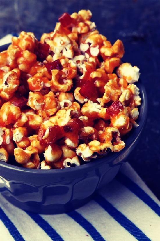 Melt In Your Mouth Bacon Caramel Popcorn | Trusper