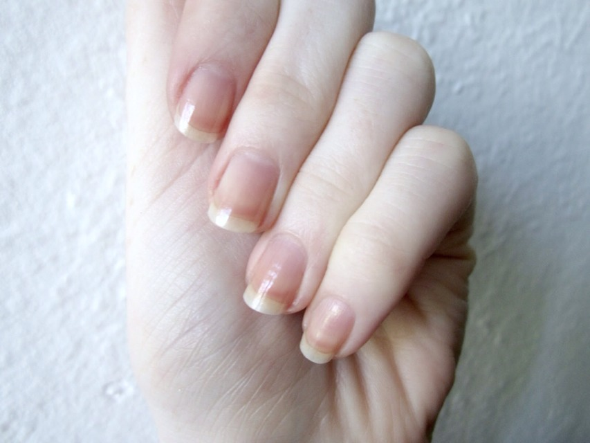 how to grow long nails with short nail beds