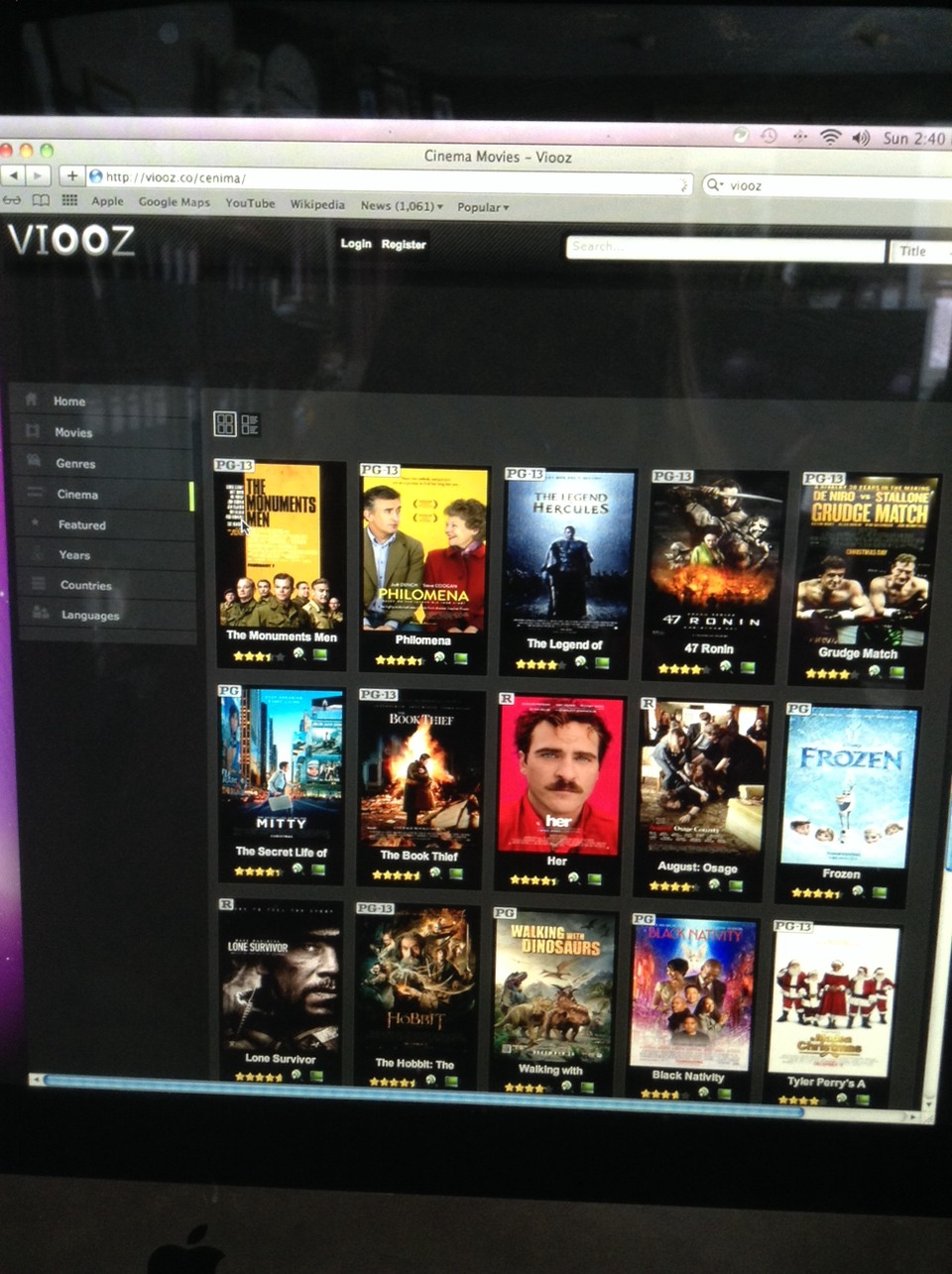 Go to http://viooz.co/cenima Search up any movie as easy as that. give