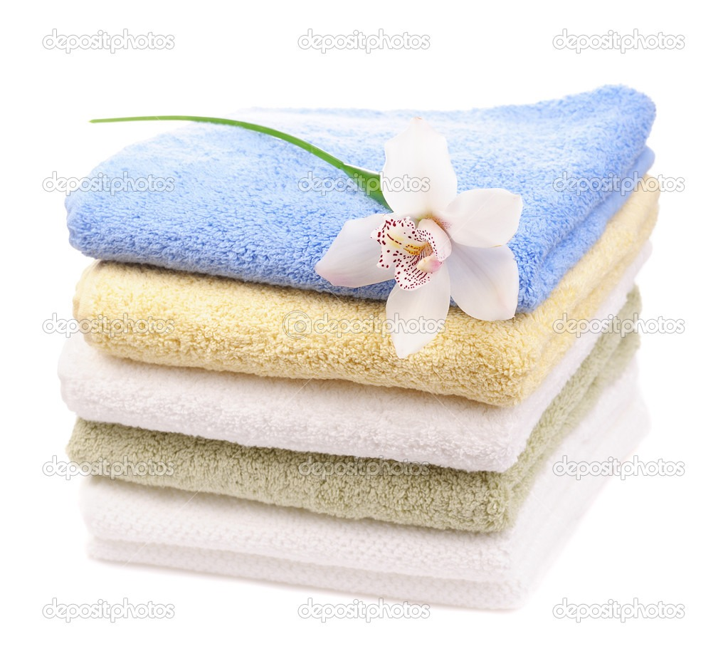 Adding A Clean Dry Towel To Your Wet Clothes In The Dryer ...