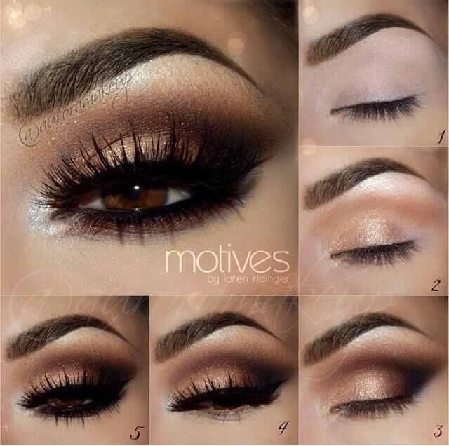 Kim Kardashian's Smokey Eye In 5 Easy Steps! | Trusper