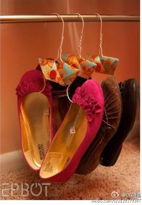 Turn Clothes Hangers Into Shoe Hangers